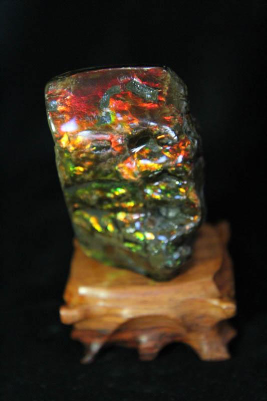 Ammolite - Suiseki Stone - AA Grade -860